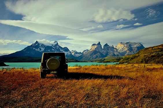 Quasar-Expeditions-Patagonia-2013-Jeep